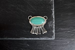 green onyx and sterling silver pendant
